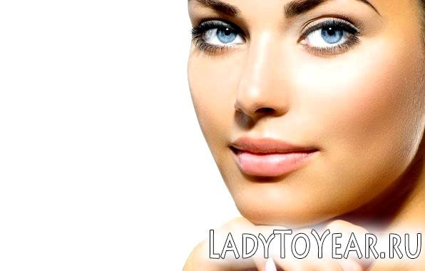 Природний макіяж для блакитних очей фото