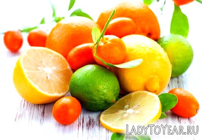 Цитрусові фрукти лимон, апельсин, мандарин, лайм