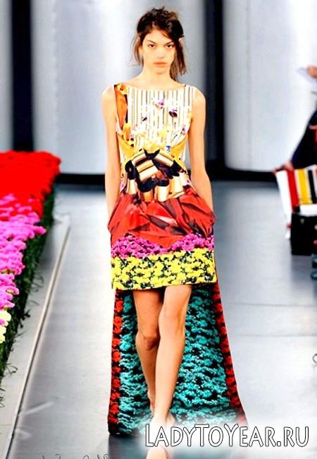 Красиві літні сукні з квітковим принтом 2012