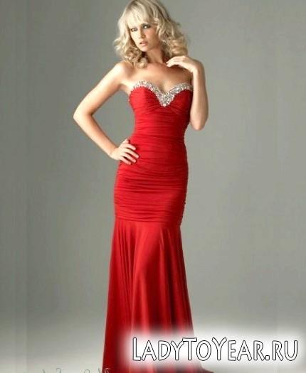 Червоне вечірнє плаття