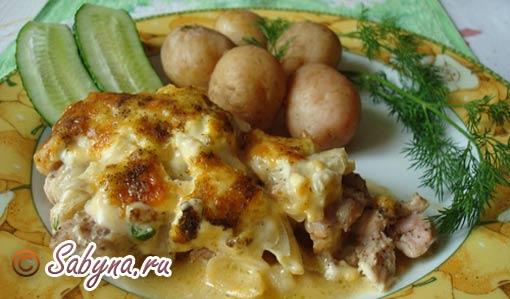 На гарнір до м'яса по-французьки можна подати відвареної молода картопля