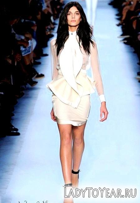 Модні білі сукні 2012