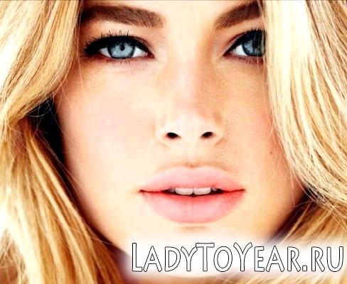 Гарний макіяж для блакитнооких блондинок фото