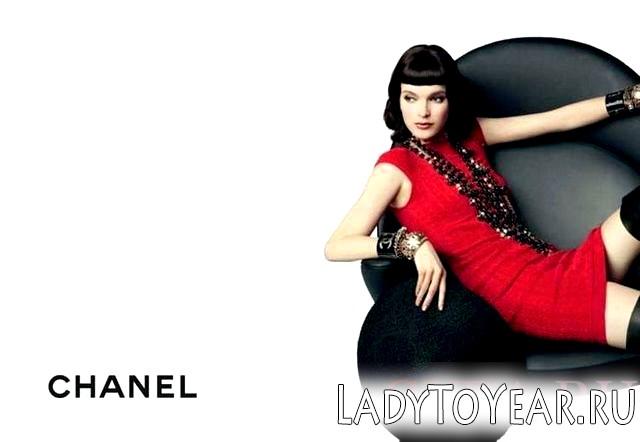 Дівчина в рекламі Шанель фото