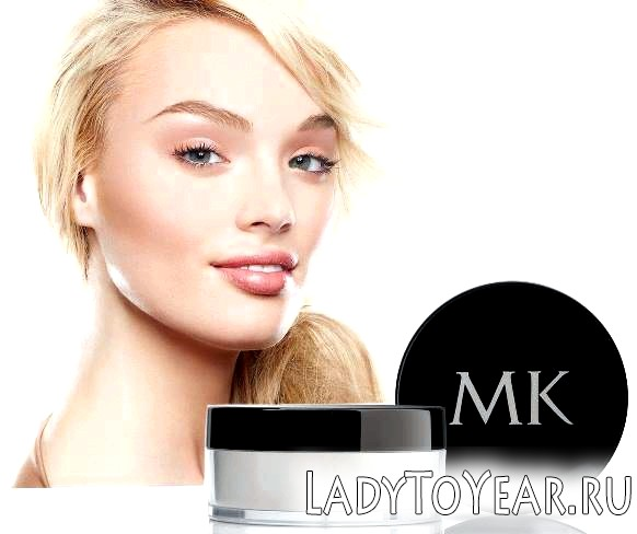 Пудра Mery Key на обличчі у дівчини фото
