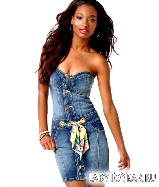 З чим носити джинсова сукня