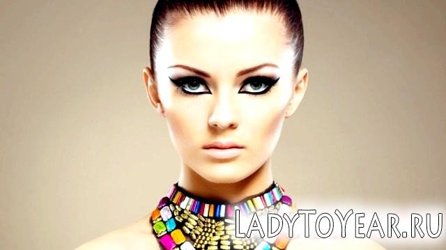 Вечірній макіяж для зелених очей фото