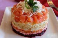 Салат із сьомги (з картоплею)