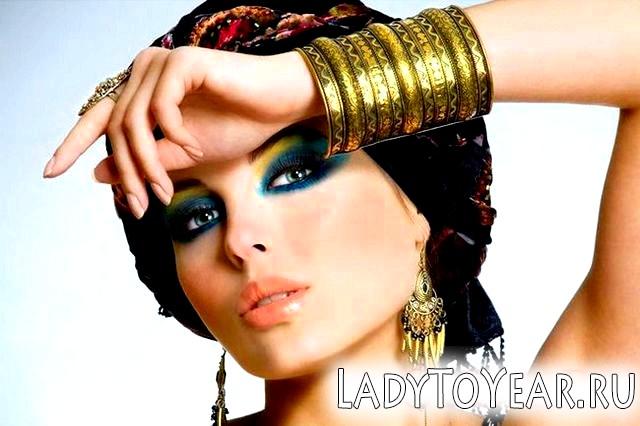 Східний макіяж для зелених очей фото